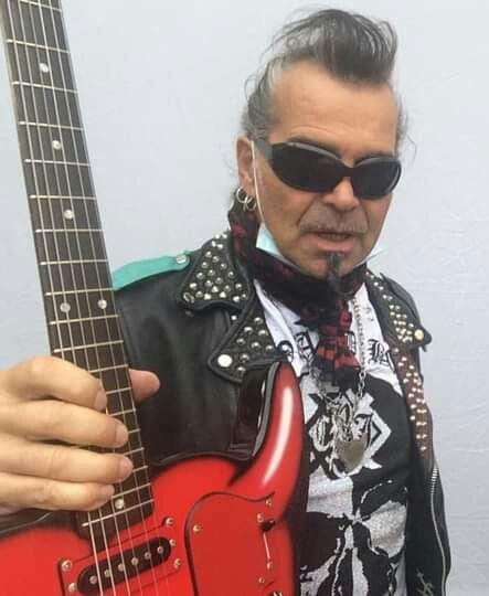 chitarra-cornucuore piero pelù